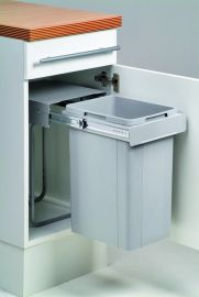 Bio Single Compartment 26L Pull-out Bin 757WS211-85: 300mm Door