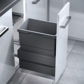 Cargo Synchro Single Compartment 30L Bin 3608-311: 300mm Door