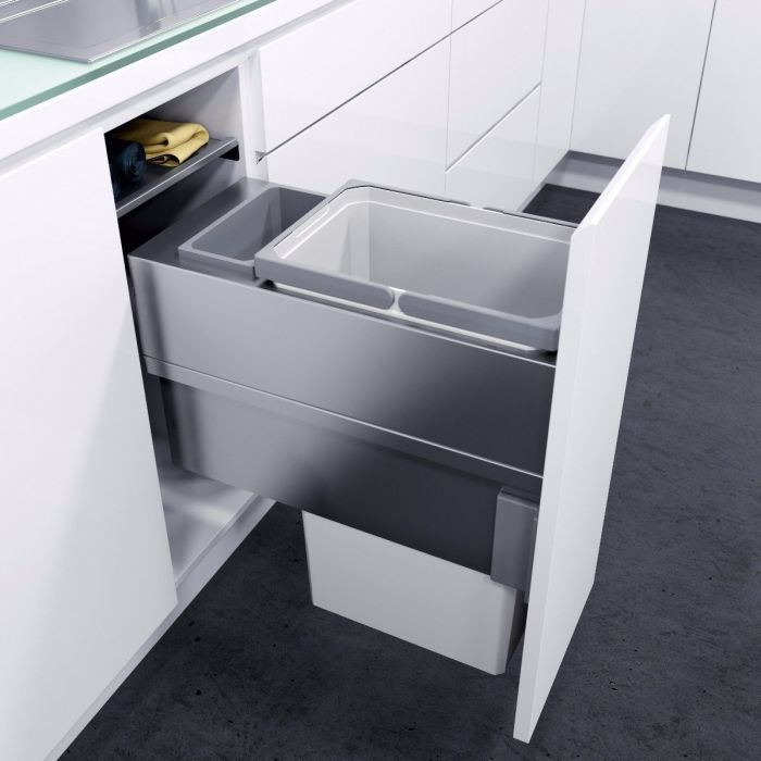 ES-Pro Single Compartment 33.2L In-cupboard Bin - Silver Grey : 300mm Door