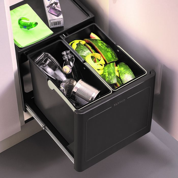 Pro 2 Compartment Automatic 26L Recycler: 450mm Door